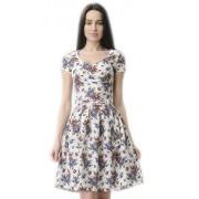 Летнее платье с расклешённой юбкой