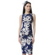 Деловое платье с крупным цветочным принтом