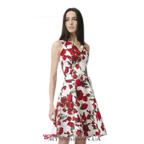 Короткое платье из натуральной ткани