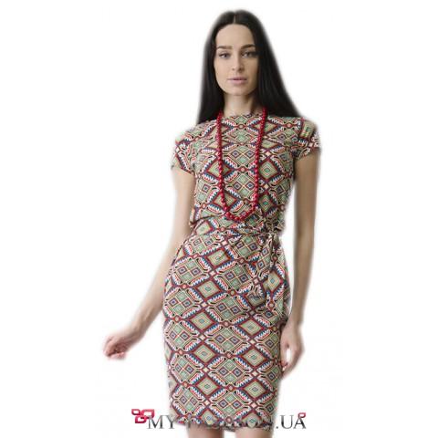 Привлекательное летнее платье с этническим узором