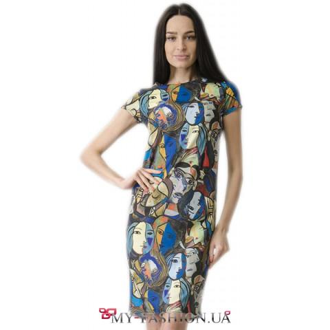 Привлекательное летнее платье средней длины