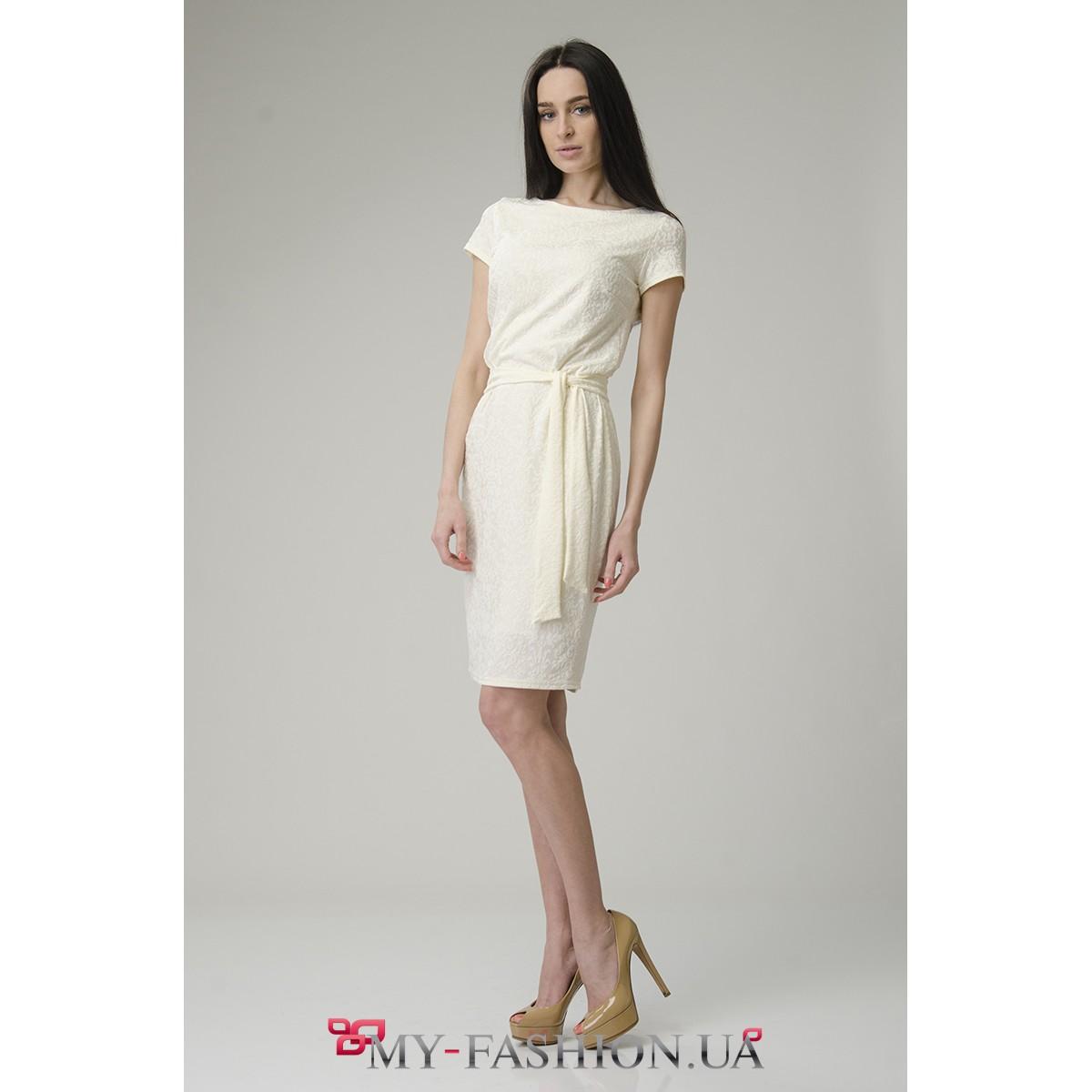 Платье молочное миди