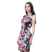 Оригинальное цветочное платье-футляр