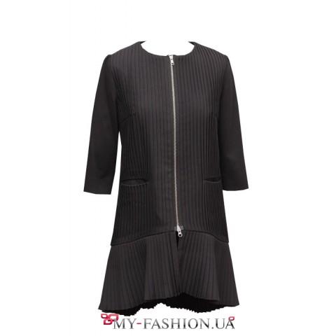 Пальто женское черное гофре