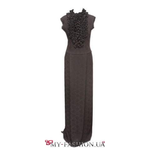 Платье в пол из натурального шелка с аккуратными рюшами