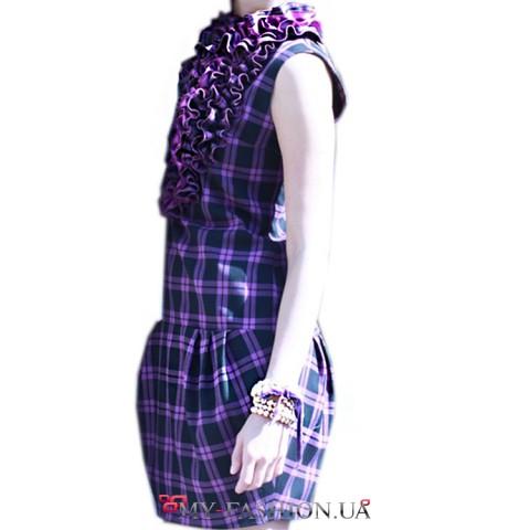 Фиолетовый сарафван без рукавов с жабо