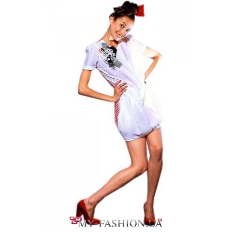 Белое короткое платье воздушного силуэта