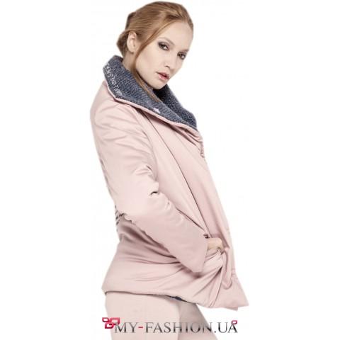 Тёплая женская куртка пудрового цвета