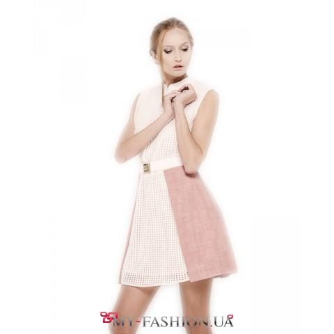 Очаровательное короткое платье из шерсти