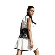 Дизайнерское платье из белого крепа