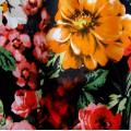 Летнее хлопковое платье с яркими цветами и красным поясом