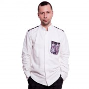 Мужская рубашка из белого хлопка