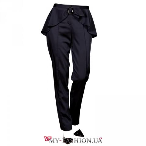 Дизайнерские чёрные брюки с баской