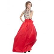 Стильный и современный комплект вечерней одежды