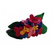 Оригинальный фетровый цветочный венок