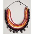 Авторское трёхцветное ожерелье в национальном стиле