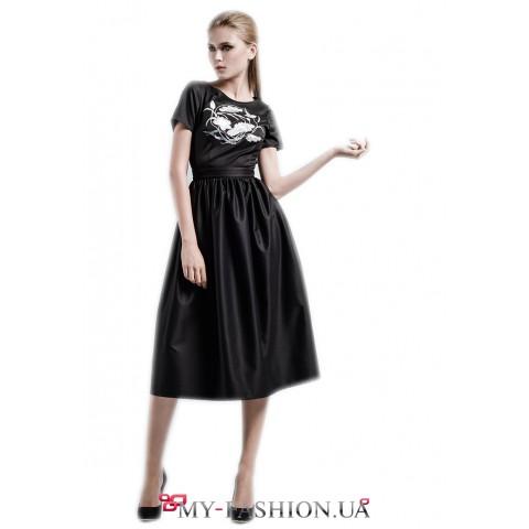Вечернее платье чёрного цвета