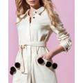 Платье-рубашка молочного цвета свободного кроя