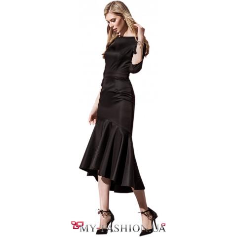 Вечернее платье с асимметричным воланом
