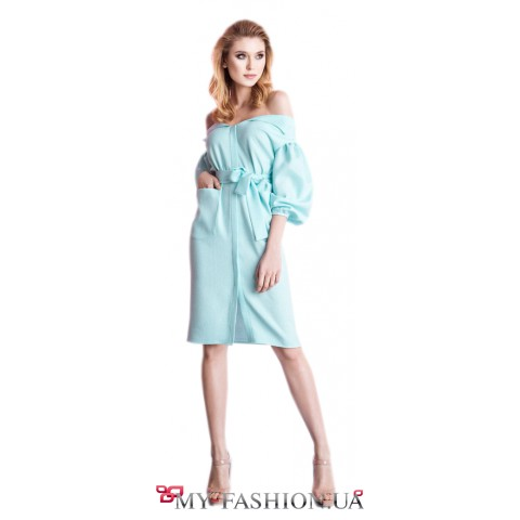 Легкое дизайнерское платье с объемными рукавами