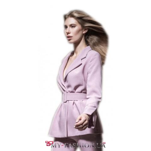 Удлиненный пиджак прямого кроя со съёмным поясом