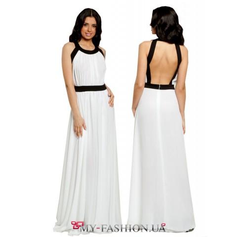 Белое длинное платье с открытой спинкой