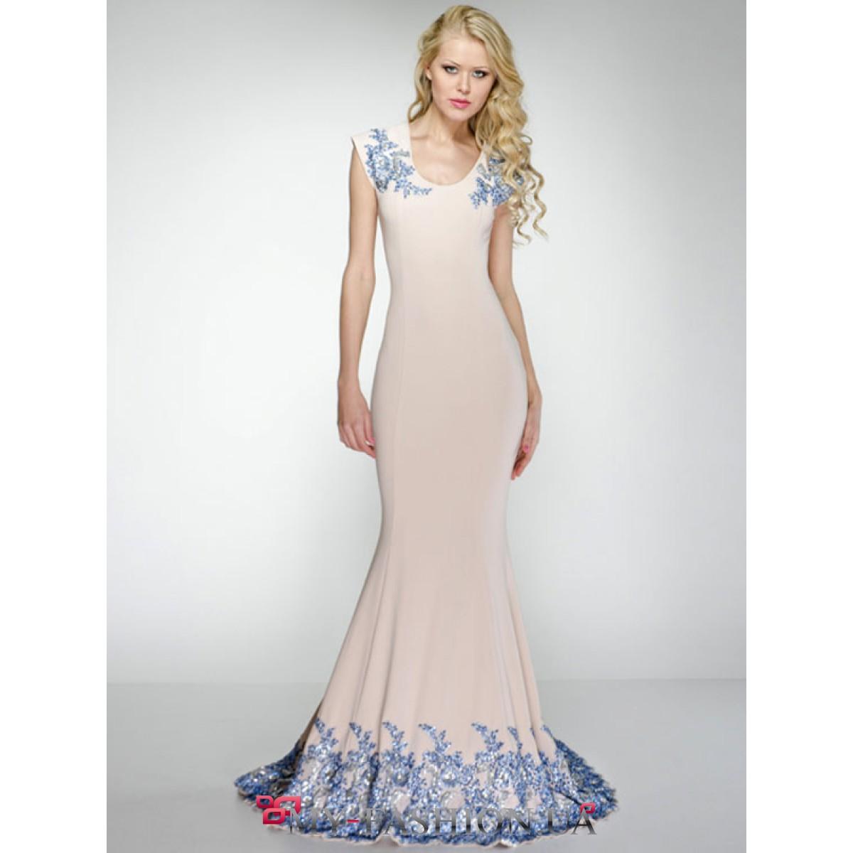 Платье с вышивкой киев