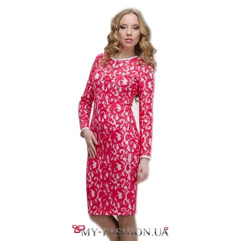 Вечернее платье из розового гипюра