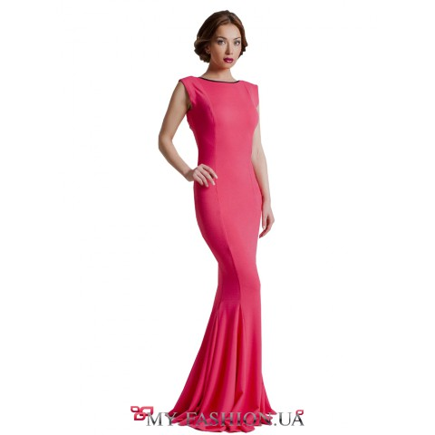 Изысканное коралловое платье с открытой спинкой
