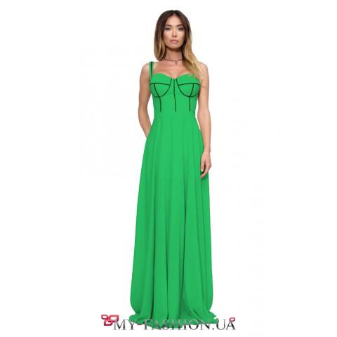 Длинное комбинированное платье зелёного цвета