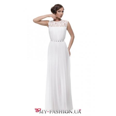 Свадебное платье максимальной длины