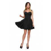 Короткое чёрное платье на бретелях