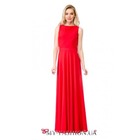 Длинное красное платье на выпускной