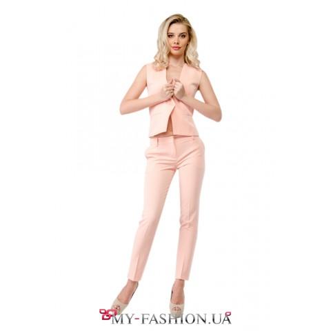 Женский летний костюм розового цвета
