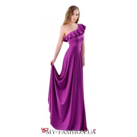 Кокетливое платье фиолетового цвета с воланом