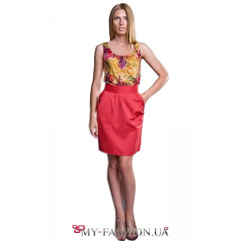 Коралловое платье с цветным верхом
