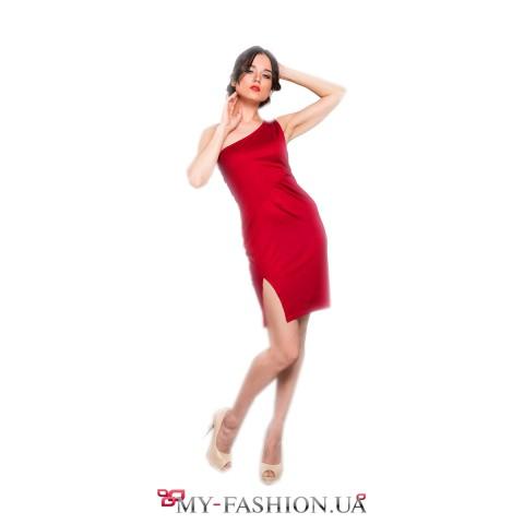 Деликатное короткое платье с асимметричным верхом