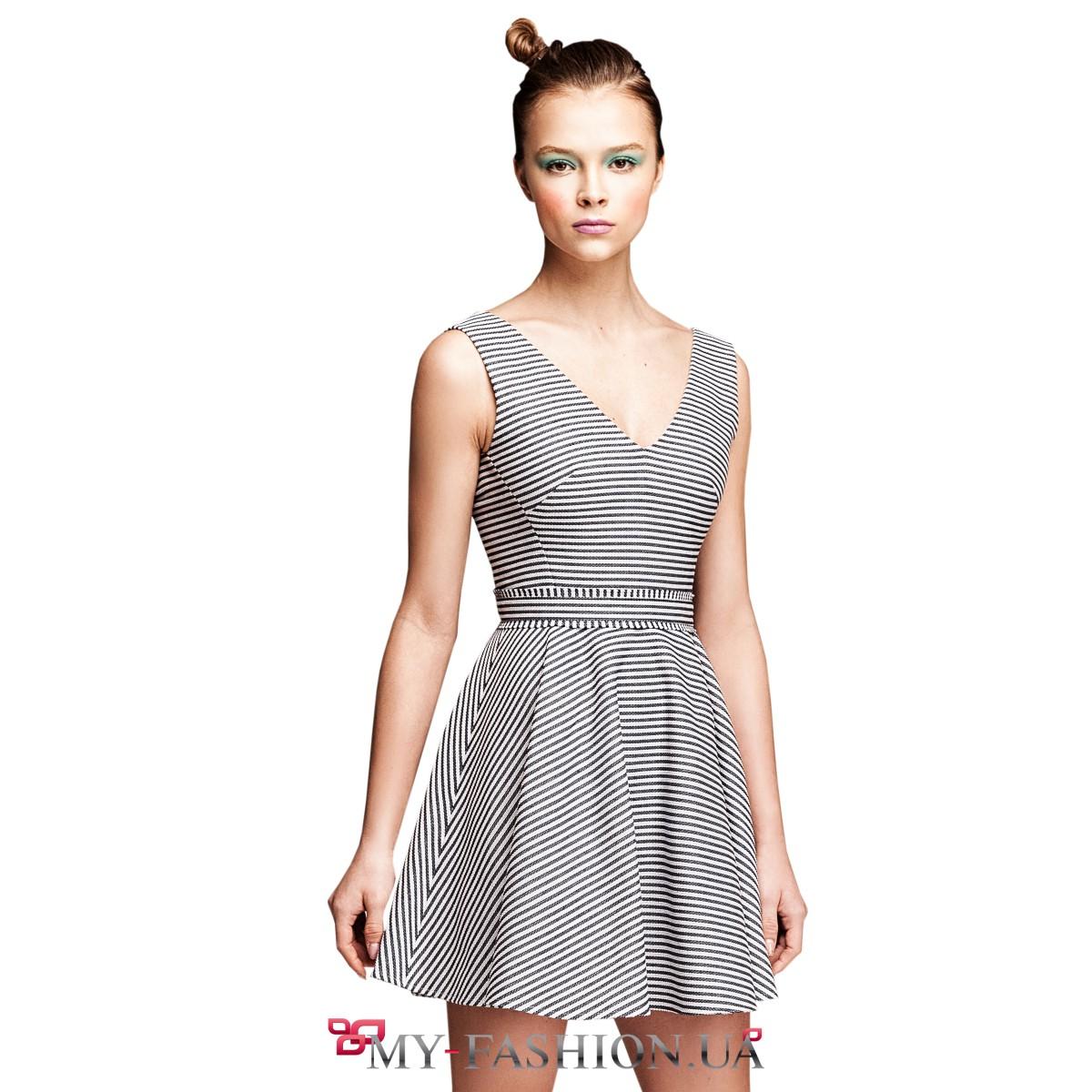 Вырез горловины платья v образный