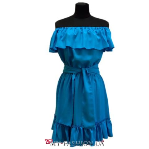 Бирюзовое платье без бретелек с воланом