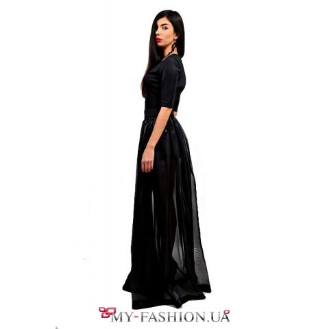 Длинное чёрное платье с пышной юбкой