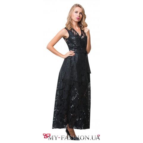 Ажурное платье максимальной длины с запахом.