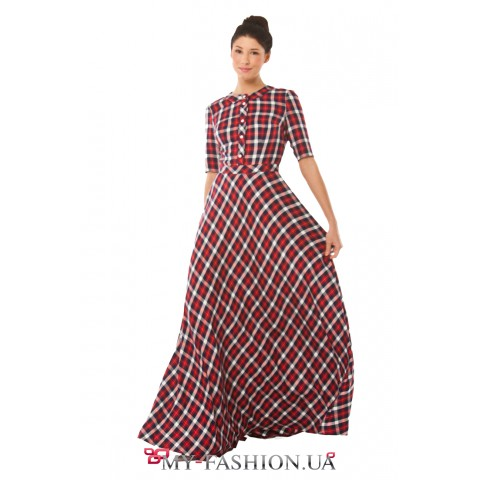 Стильное платье-макси в модную шотландскую клетку