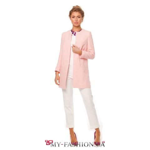 Розовый пиджак прямого кроя с квадратными карманами