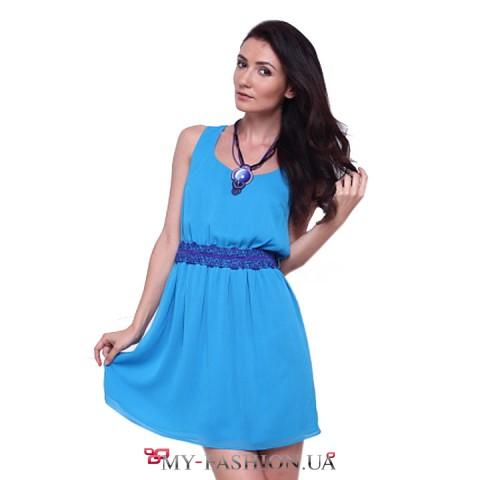 Голубое шифоновое короткое платье