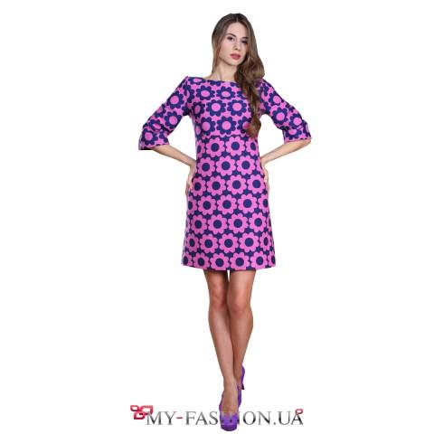 Короткое сиреневое платье с цветочным принтом