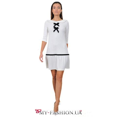Платье молочного цвета с чёрными бантами