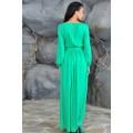 Длинное зелёное платье на выпускной