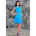 Голубое платье трапециевидного силуэта