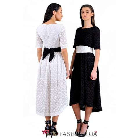 Чёрное асимметричное платье средней длины
