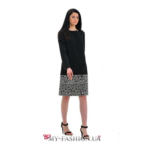 Чёрное женское пальто для весеннего сезона